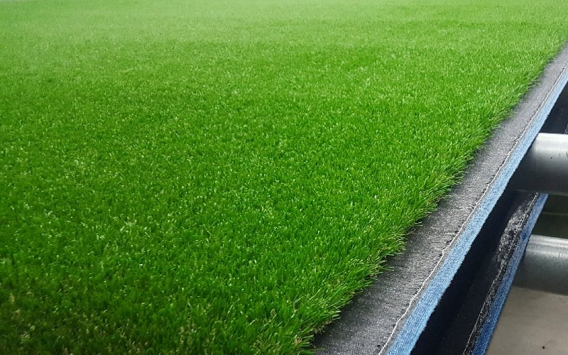 69cc669093d7 What does Artificial Grass Feel Like